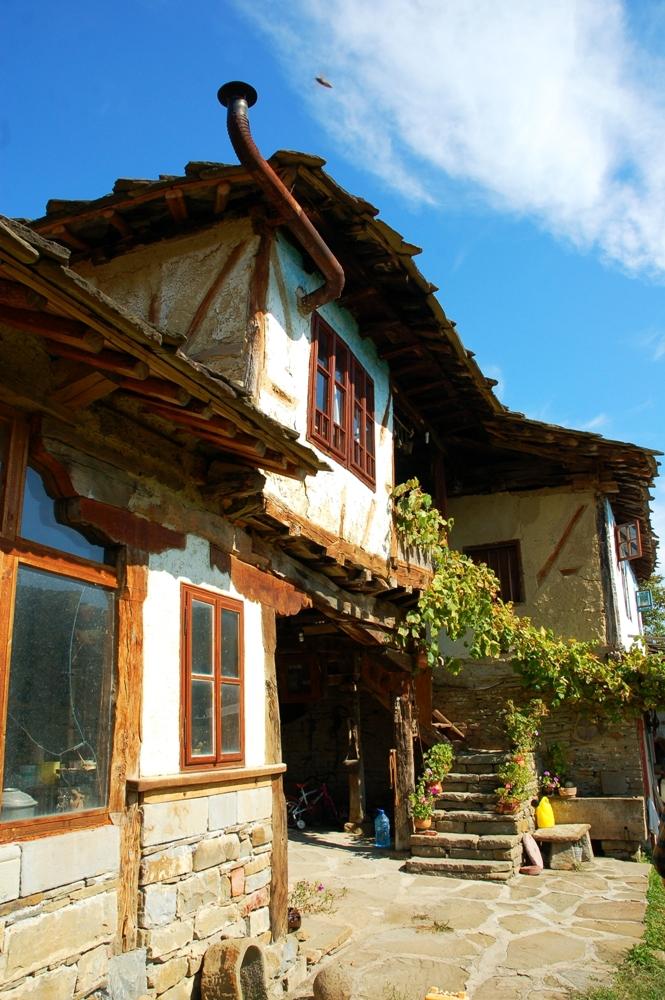 Български стари къщи